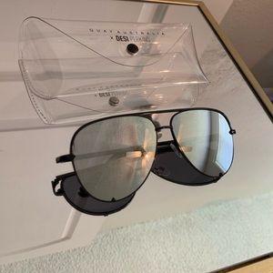 Desk Perkins quay sunglasses